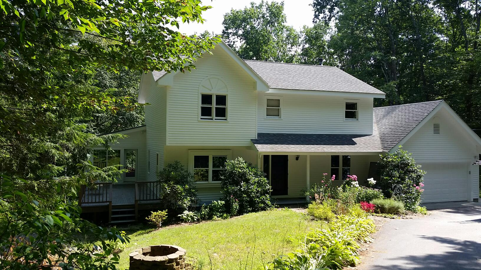 Painters Pembroke NH residential exterior painting