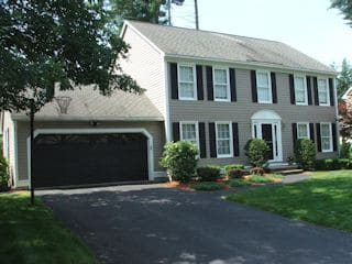 Painters Manchester NH professional exterior painting.