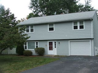 Painters Grrenland NH residential exterior painting.