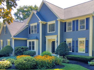 Painters Nashua NH residential exterior painting.