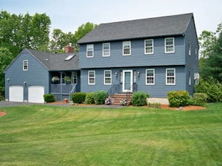 Painters Goffstown NH residential exterior painting.