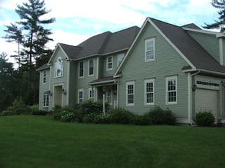 Painters Londonderry NH professional exterior painting.