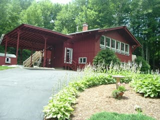 Painters Brookline NH professional exterior painting.