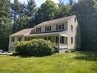 Painters Kingston NH professional exterior painting.