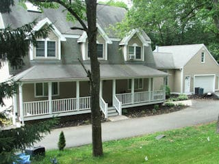 Painters Belmont NH professional exterior painting.